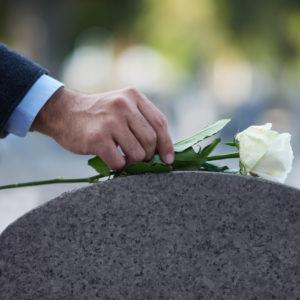 bitcoin bulls grave gravestone doji rip dead death tombstone