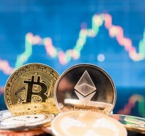 Bloomberg Analyst: Bitcoin (BTC) on Road to $100K Catching Up with Ethereum